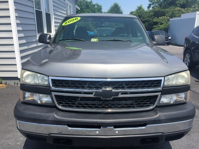 2006 Chevrolet Silverado 1500 Work Truck Ext. Cab Long Bed 2WD 4-