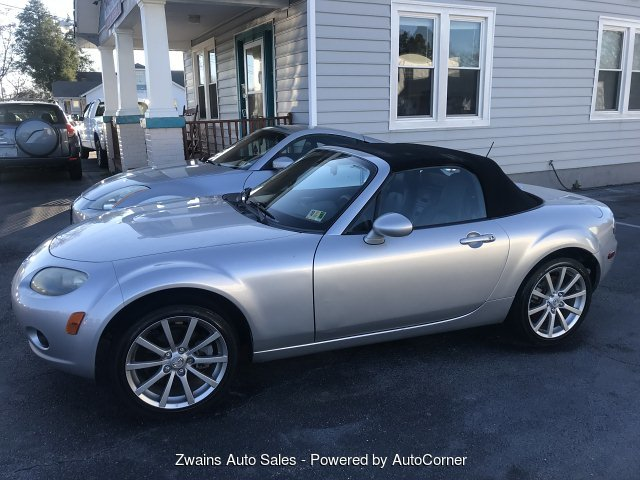 2006 Mazda MX-5 Miata Sport 6-Speed Manual